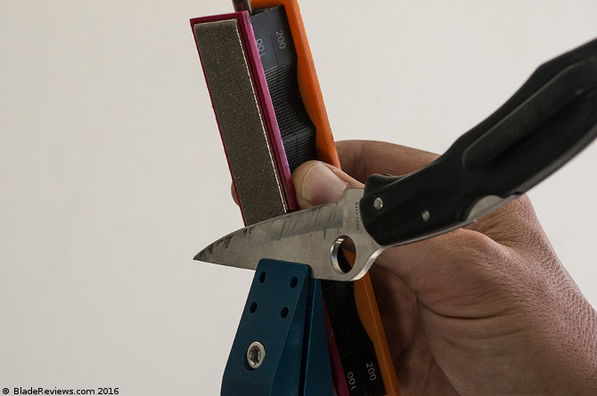 Wicked Edge Field and Sport Sharpening a Knife